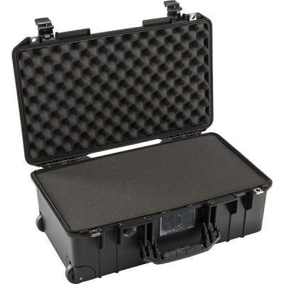 Case With Foam 1535, Black, Ext. Dim: 21.96'' x 13.97'' x 8.98'' (55.8 x 35.5 x 22.8 cm), PELICAN (015350-0000-110)