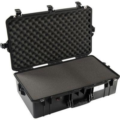 Case With Foam, 1605, Black, Ext. Dim: 28.87'' x 16.77'' x 9.12'' (73.3 x 42.6 x 23.2 cm), PELICAN (016050-0000-110)